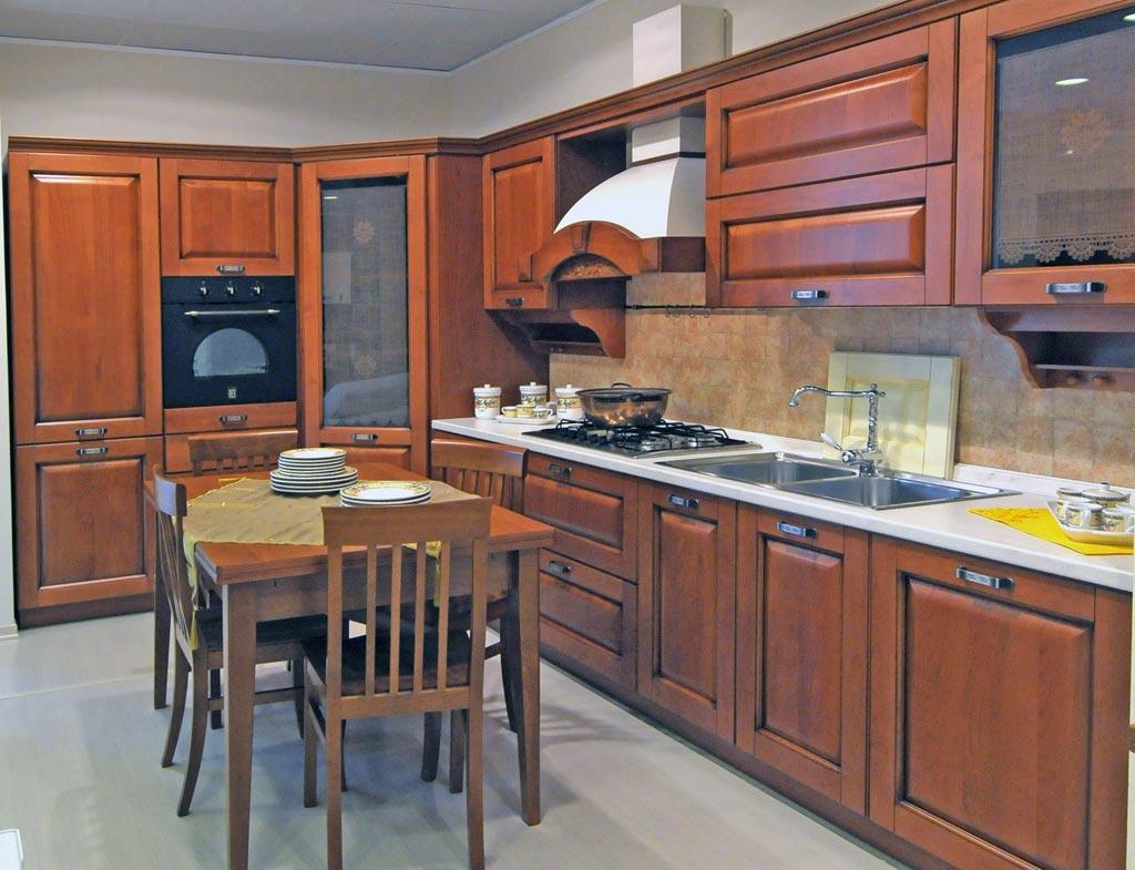Cucina classica Julia - Rivenditori cucine Sicilia