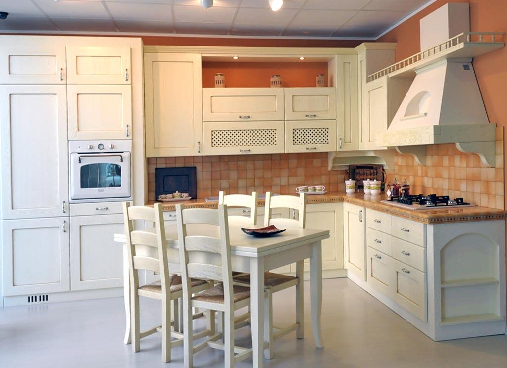 Cucina classica Provenza - Rivenditori cucine Sicilia