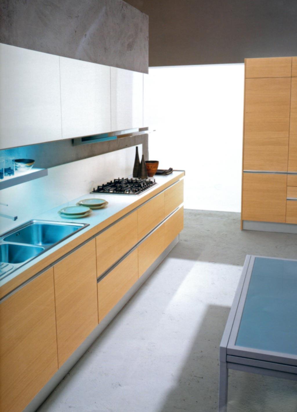 Modern fitted kitchen furniture ~ Mare