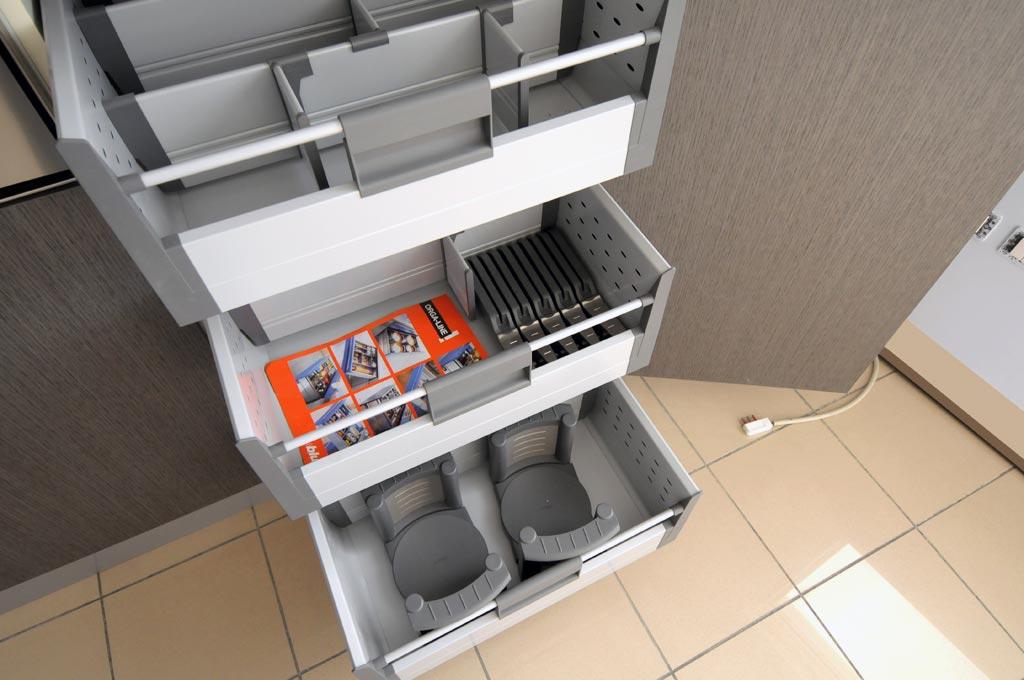 Gallery of cassettiere per cucina comode e funzionale attrezzature ...