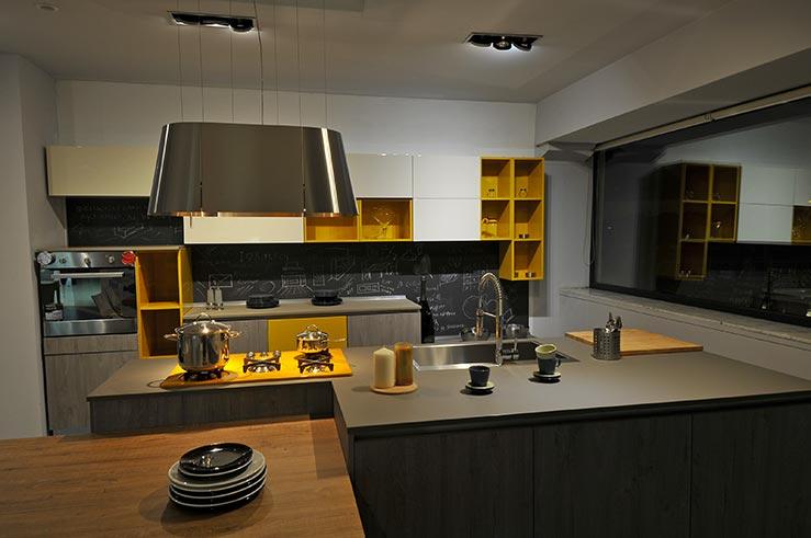 cucine originali elegant cucina piccola stretta e alta
