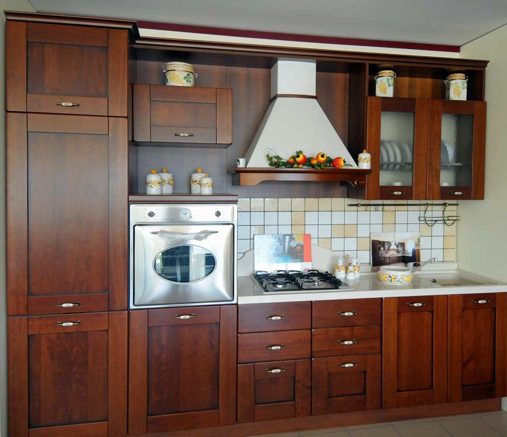 Cucine Componibili Basso Prezzo.Cucina Classica Gaia Rivenditori Cucine Sicilia