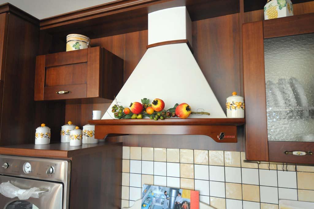 Cucine Jolly Componibili Catalogo.Cucina Classica Gaia Rivenditori Cucine Sicilia