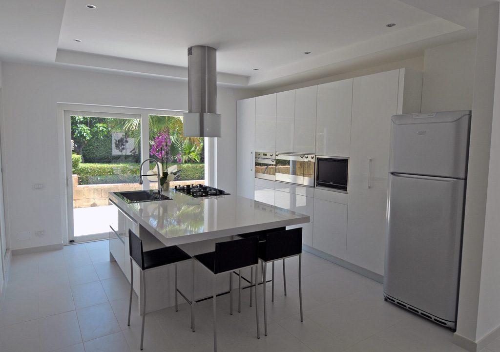 Cucine moderne rivenditori cucine sicilia - Foto cucine moderne ...