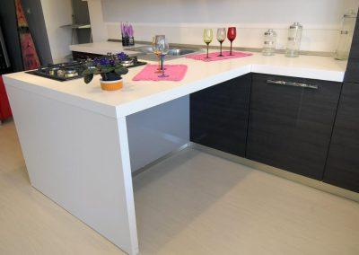 Cucina dal design moderno e stilizzato