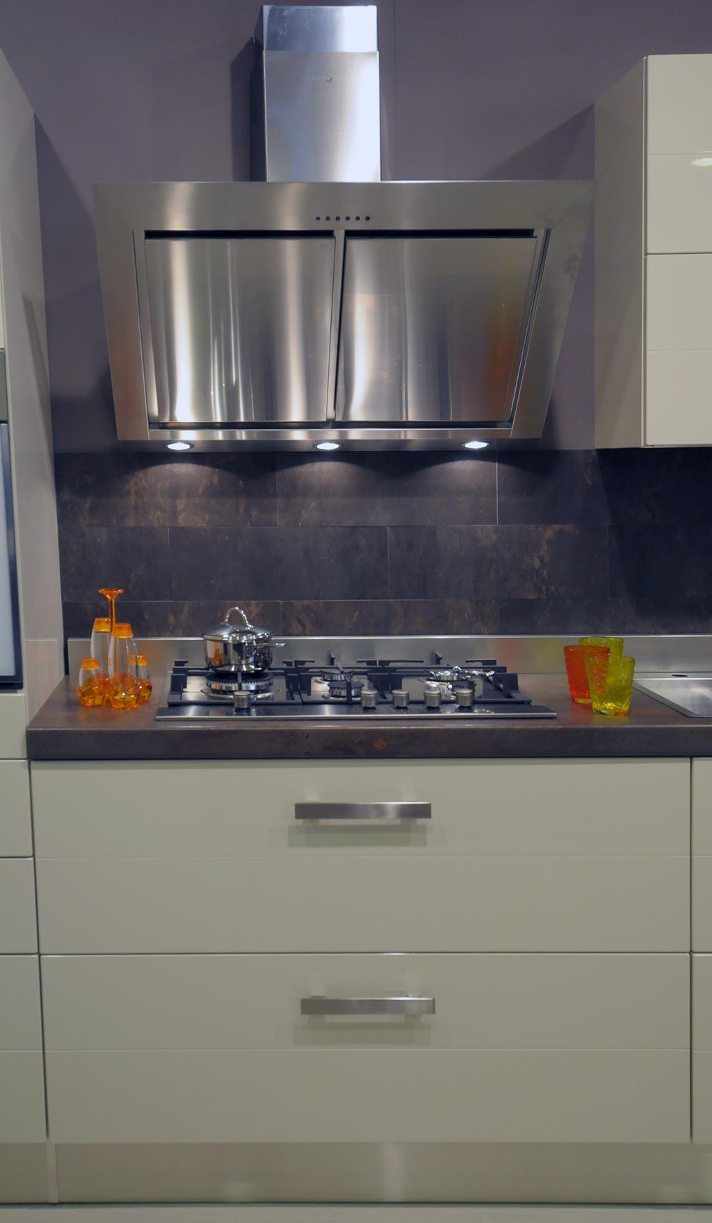 Cucina moderna starlight rivenditori cucine sicilia - Illuminazione cucina moderna ...