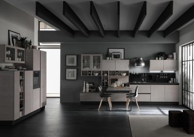 Cucina Starline dal design elegante e moderno, per chi cerca stile e utilità.