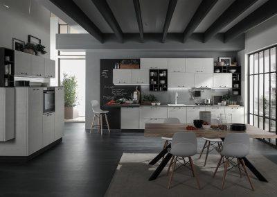 Grandi pensili, capienti armadiature e cassettoni scorrevoli contraddistinguono la moderna cucina Starline in vendita in Sicilia.