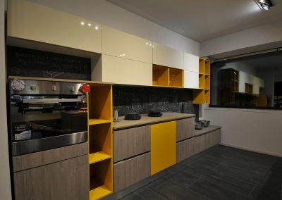 La cucina contemporanea Global non passa inosservata per i colori e per lo stile dei mobili che la compongono