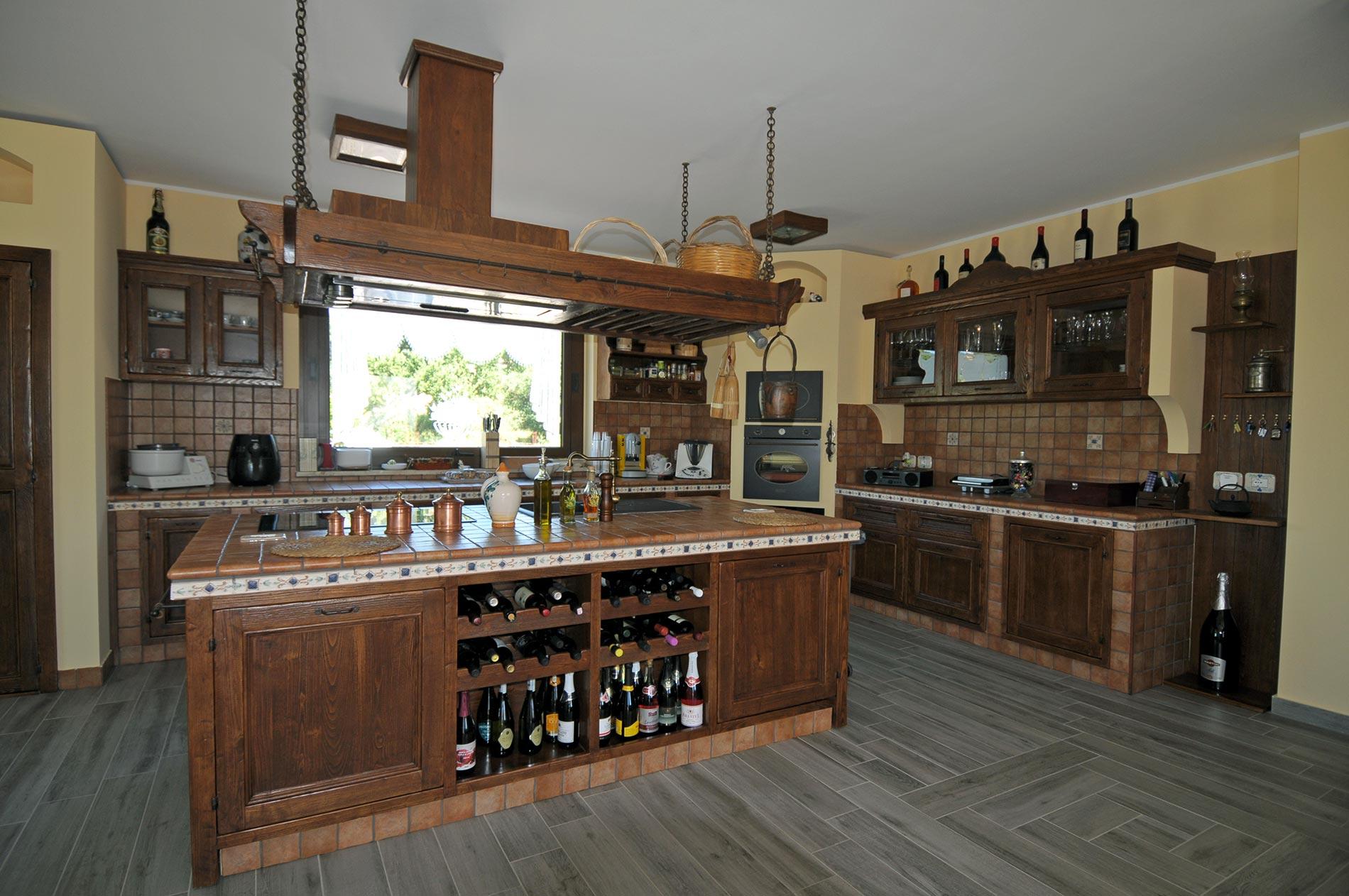 Cucina finta muratura tosca rivenditori cucine sicilia - Cucina in muratura ...