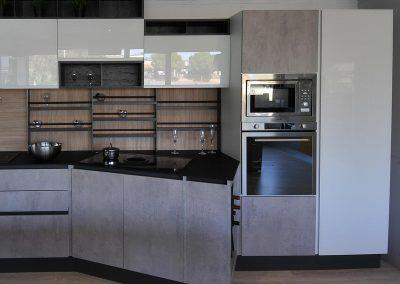 Cucina moderna, pratica e comfortevole, completamente personalizzabile.